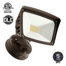 28W Dusk to Dawn LED Outdoor Flood Light, ETL-Listed, 3400lm, 5000K Daylight