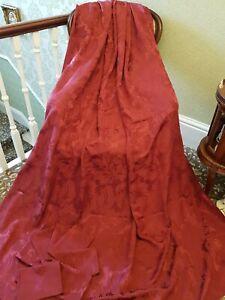 Beautiful Bergundy Tablecloth (227cm x 180cm) + 8 Matching Napkins (43cm x 43cm)