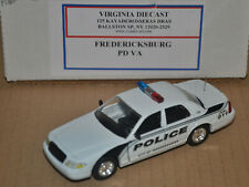 ROAD CHAMPS - CUSTOM CODE 3 - FORD CROWN VICTORIA - FREDERICKSBURG POLICE PATROL