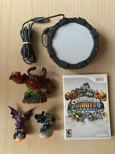 Skylanders GIANTS w/3 Figures, Portal, and Wii disc.