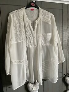 Together Blouse Size 20, Immaculate!