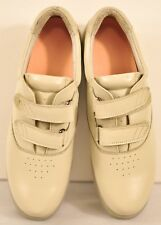 women's Mt Emey therapeutic shoes size 9 AA beige hoop/loop strap leather