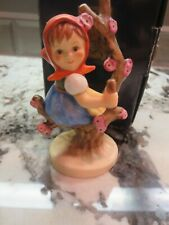 New ListingHummel / Goebel #141 3/0 Apple Tree Girl Tmk 6 Very Nice With The Box