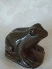 Polished hardstone frog sculpture