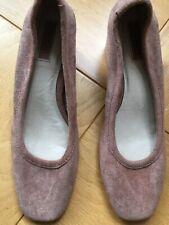 Women Shoes Forever 21  Pink Soft Velvet Size7.5