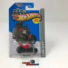 Ducati Diavel #97 * RED * Hot Wheels 2013 * D44