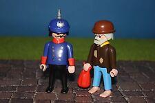 """Playmobil maison de poupée """"gendarme avec clodo"""" 1900er monde 5300 5301 pikelhaube"""