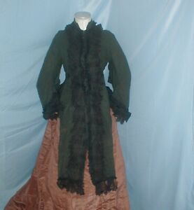 Antique Dress Cape Victorian 1870's Hunter Green Wool Lace and Ribbon Trim