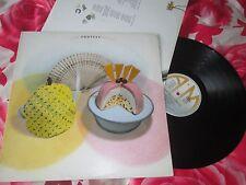 Squeeze Cosi Fan Tutti Frutti  A&M Records AMA5085 Inner Lyric UK Vinyl LP Album
