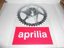 BRAND NEW GENUINE APRILIA RS 50 1996-1998 CHAIN RING Z=43 AP8207046