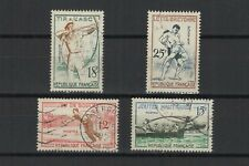 FRANCE 1958 jeux traditionnels série complète de 4 timbres oblitérés /T1911
