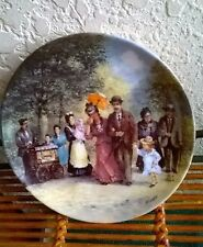 Beautiful Berlin Design Plate. Made of Fine China by Detlev Nitochke