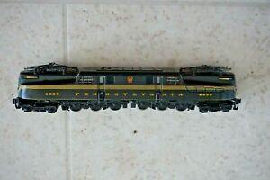 N Scale - Kato Pennsylvania GG1 Electric Locomotive 4935 Does Not Run