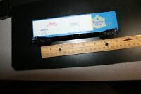 Pearl Brewing Country Club BEER reefer ho scale RTR Athearn