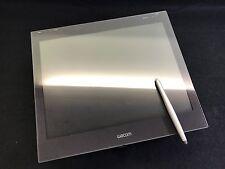 """15"""" WACOM interactive pen display tablet DTF-521 Formerly CintiQ family USB/VGA"""