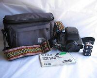 VTG Fuji Discovery 3000 Zoom Date 35mm Compact Camera w/ Case Bag & Retro Strap
