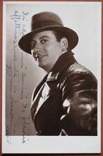 BESOZZI NINO. Celebre attore. Firma e dedica del 1936 al recto di sua foto