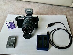 OLYMPUS PEN Lite E-PL3 12.3MP Kamera schwarz, mit Extras