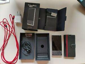 Smartphone BlackBerry KEY2 BBE100-5 64 GB Silber mit OVP und Restgarantie