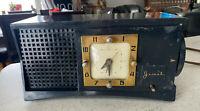 Rare 1950s Sessions JEWEL Bakelite Mantel Tube Clock Radio !