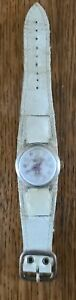 Vintage Minnie Mouse Women's Watch white Band Swiss Made Walt Disney Production