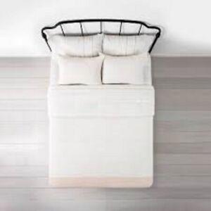 Hearth & Hand w/Magnolia 3 Pc Full/Queen Comforter & 2 Sham Set White +Tote Bag