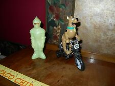 Vintage Hanna Barbera Scooby Doo BMX Bike & Shaggy Alien Invaders Glow in Dark