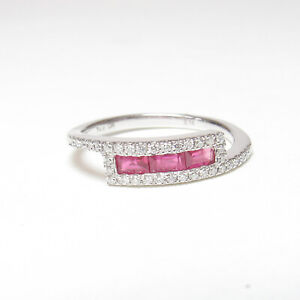 DA Estate 14K White Gold Natural Apple Red Ruby And Diamond Band Ring 0.30 Cts
