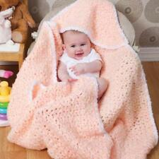 HOODED BABY BLANKET IN SUPER CHUNKY WOOL EASY CROCHET PATTERN