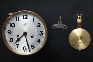 Altes mechanisches Uhrwerk für Wand-/Pendeluhr