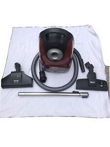 Miele Complete C2 Cat & Dog Vacuum Cleaner