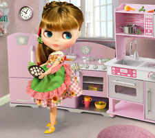 "In Stock Now! Free Shipping! Neo Blythe ""Henrietta's Home Party"" Doll"