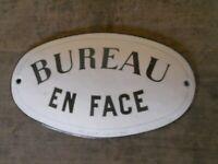 plaque émaillée ancienne Bureau marquée Guise Aisne