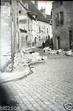 Beaune. Côte d'Or. ancien film négatif . la rue Maizière