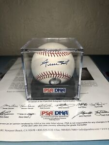 Willie Mays Autographed Official MLB Baseball PSA/DNA Giants! H.O.F!