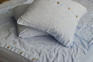 "LINEN DUVET COVER set in a melange blue color with 2xeuro pillow shams (26""x26"")"
