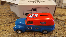 1/25 ERTL BANK 1950 CHEVROLET PANEL DELIVERY #43 RICHARD PETTY BLUE & ORANG 2168