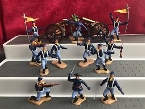 Timpo Union Soldiers And Cannons