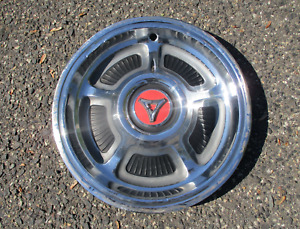 One factory 1968 1969 Dodge Coronet Charger hubcap wheel cover beater