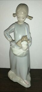 Nao by LLADRO Little Girl With Kittens, Hand Made in Spain