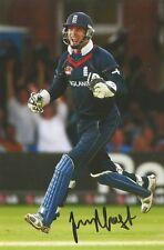 6) 6 X 4 Pulgadas Foto firmado personalmente por Essex Jugador de Cricket James Foster.