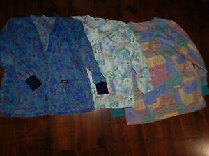 3 SCRUBS LANDAU & CHEROKEE blue/purple & pastels prints 4 pockets jacket