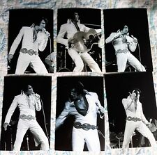 Elvis Presley: 16 Photo Action Set- La Forum, 1970 & Free Cd