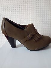 womens olive khaki faux leather buckle brogue block heel sandal shoe u.k size 5