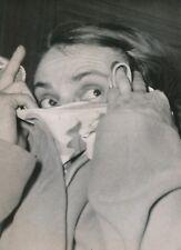 Faits Divers 1952 - Femme Escroc Comparution Usurpation Identité - PR 1194