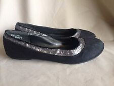 Lower East Side Solid Black Sparkly Silver Shoes Fabric Ballet Flats - Size 11