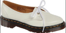 Doc Martens lovely offwhite Siano one eye lace shoe size UK9 US11 Ladies US 10 M
