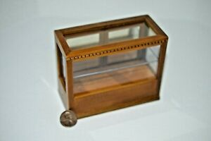Miniature Rectangle Display Case, Walnut in 1:12 doll scale T6323