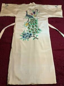 BEAUTIFUL VINTAGE JAPANESE EMBROIDERED SILK KIMONO CHINESE ROBE EMBROIDERY #3!