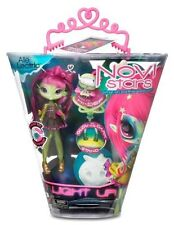 NEW NOVI Stars I Light Up Glow in the Dark Alie Lectric 7 Inch Doll + Pet Hi-Def